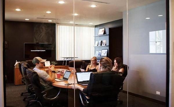 颜怀江:做家族办公室真的很赚钱吗?