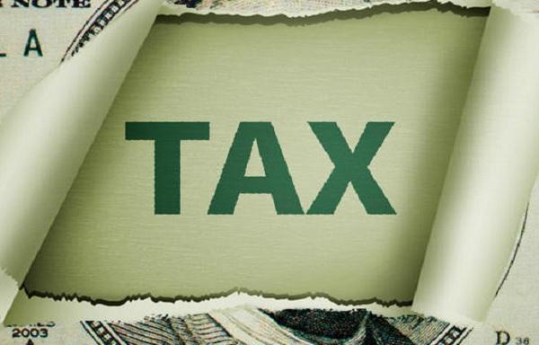 你以为在美国买房后,就可以安枕无忧了,看需要缴纳哪些税务?
